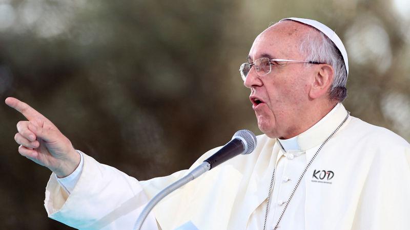 Czy Papież Franciszek jest w KOD-zie?