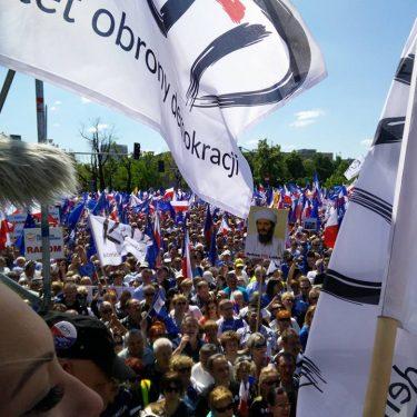 """Marsz """"Jesteśmy i będziemy w Europie"""" 07.05.2016"""