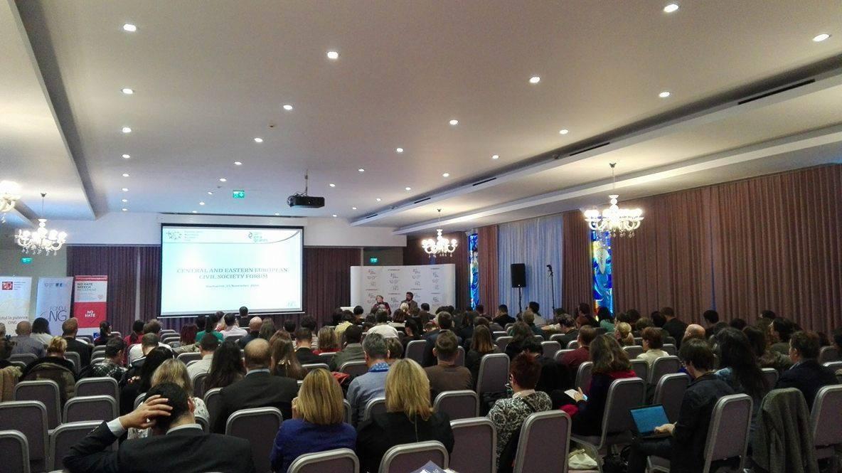 Relacja z reprezentacji KOD podczas forum organizacji pozarządowych Central and Eastern European Civil Society Forum 25.11.2016 w Bukareszcie